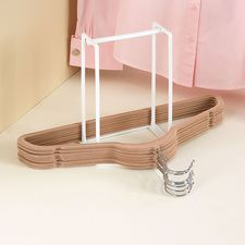 Hanger Caddy #HouseholdOrganization #OrganizationIdeas