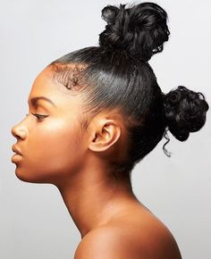 Hair Steamers for Natural Hair - The Secret Is Out! Bantu knots adorned with a gold headpiece really Black Girls Hairstyles, Afro Hairstyles, Natural Hair Care, Natural Hair Styles, Natural Curls, Brittany Sky, Bantu Knots, Dreadlocks, Queen Hair