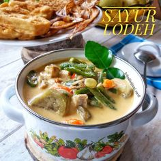 resep sayur lodeh instagram Fried Banana Recipes, Meal Prep Plans, Food Combining, Indonesian Food, Indonesian Recipes, Food Menu, Vegetable Recipes, Asian Recipes, Asian Foods