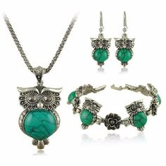 Owl Design Jewelry Set In Vintage Silver & Colored Stone