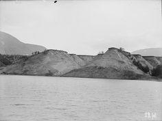 Sandmæle nedenfor Moldjord 1908 fra marcus.uib.no Mountains, Nature, Travel, Stones, Viajes, Traveling, Nature Illustration, Off Grid, Trips