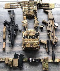 Special Forces Gear, Battle Belt, Armas Ninja, Airsoft Gear, Tac Gear, Tactical Belt, Tactical Equipment, Assault Rifle, Cool Guns