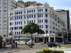 Hotel Atlântico, imponente e tradicional construção, nas esquinas da Avenida Ana Costa X Av Presidente Wilson, no Bairro do Gonzaga em Santos/SP.