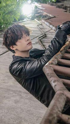 {Kim Taehyung} - 2 - You& Blood Is Mine. {Kim Taehyung} – 3 – Page 3 – Wattpad - Jung Kook, Foto Bts, Bts Photo, Bts Jungkook, K Pop, Foto Rap Monster Bts, Les Bts, Vkook, V Bts Wallpaper