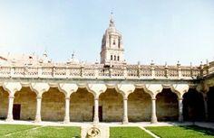 Claustro de las Escuelas Menores, Salamanca España.
