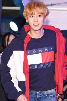 Tommy Hilfiger Jeans exo, and seoul Park Chanyeol Exo, Baekhyun, Handsome Korean Actors, Tommy Hilfiger Jeans, Korean Star, New Hair Colors, Chanbaek, Girls Jeans, Boy Groups
