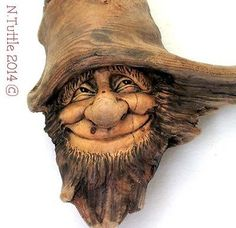 ORIGINAL WOOD SPIRIT CARVING HOBBIT GNOME OREGON ELFIN WIZARD OOAK NANCY TUTTLE
