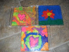 I know I posted a Mother's Day Craft idea, the canvas bags, earlier this month but here's another! Of course all these ideas can be applied. Preschool Crafts, Crafts For Kids, Arts And Crafts, Kindergarten Classroom, Classroom Ideas, Cd Cases, Clay Studio, Plasticine, Canvas Bags