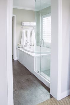 Neutral Master Bath