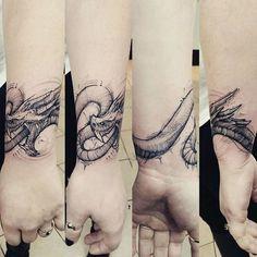 Dragon tattoo wrapped around the wrist by @jakedoestattoos @royalfleshtattoo