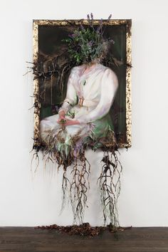 Art Issue: The Best of Contemporary Art installation artist Valerie Hegarty: Foreboding Nature Flower Installation, Artistic Installation, Light Installation, Kunst Inspo, Art Inspo, Art And Illustration, Alternative Kunst, Decay Art, Instalation Art