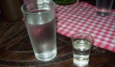 O perigo de beber a água que você deixa ao lado da cama na hora de dormir | Cura pela Natureza