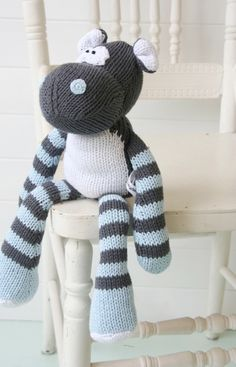 knitted softies from 'and the little dog laughed'