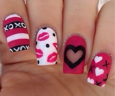 Extend style to your nails with the help of nail art designs. Donned by fashion-forward celebrities, these nail designs will add immediate elegance to your wardrobe. Love Nails, Pink Nails, Pretty Nails, Red Nail, Heart Nail Designs, Valentine's Day Nail Designs, Cute Nail Art Designs, Nailart, Valentine Nail Art