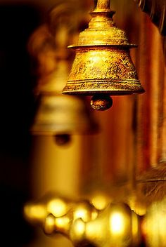 free download om chanting with temple bells