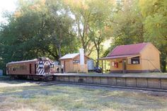 http://travel2next.com/things-to-do-in-daylesford-victoria/Pride historic train