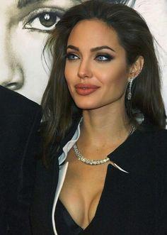 Pearl Earrings, Hoop Earrings, Angelina Jolie, Pearls, Celebrities, Sexy, Instagram, Jewelry, Outfits