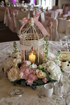 The Beautifully Pink Birdcage table design
