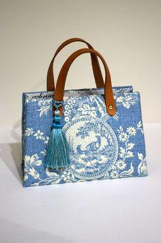 Cartonnage : a serene life Japan Bag, Free Crochet Bag, Paper Purse, Art Bag, Embroidered Bag, Boho Bags, Simple Bags, Cute Purses, Fabric Bags