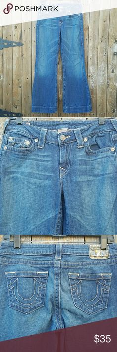 True Religion Trouser Wide Jeans *Tag on back waistband is a little faded.*  Dana Wide Leg 5 pocket Waist is 28 inches Inseam is 30 inches Rise is 8 inches Leg Opening is 11 inches 99% Cotton & 1% Spandex True Religion Jeans Flare & Wide Leg