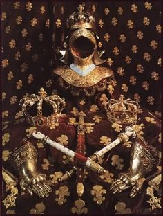Regalia used for the funeral of King Louis XVIII of France. Royal Crowns, Royal Jewels, Tiaras And Crowns, Crown Jewels, Luís Xvi, Bourbon, Templer, Royal Photography, French Royalty