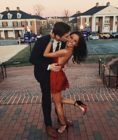 Living in a hook up culture prom couples, prom pictures couples, college couples,