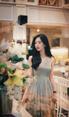 Samantha Subeno's media statistics and analytics Ulzzang Fashion, Ulzzang Girl, Asian Fashion, Girl Fashion, Fashion Looks, Fashion Design, Stylish Summer Outfits, Classy Outfits, Korean Beauty