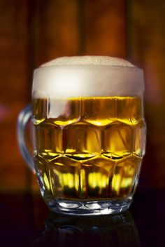 Adani Magnum King Non Alcoholic Beer Shop, Bar, Pub, Store in Odhav Ahmedabad. Enjoy, Non Alcoholic Beer and Non Alcoholic Wine. Cat Drinking, Drinking Water, Non Alcoholic Beer, Czech Beer, Rum Bottle, Beer Shop, Snacks Für Party, Coors Light, Afternoon Snacks