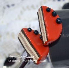 Ложка с декором из полимерной глины.