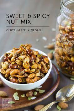 Sweet & Spicy Nut Mix