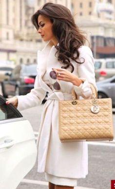 #street #style white trench coat @wachabuy