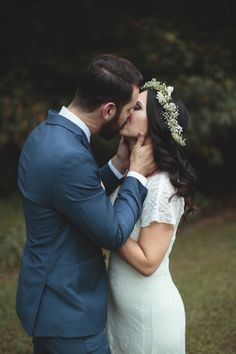 Want Amazing Wedding Photos? Ash Carr Will Come to You.