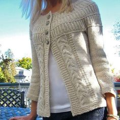 Ravelry: shadystroll's Shalom Cardi - free pattern chunky cream cardigan w/ cable panels and round yoke Knitting Patterns Free, Knit Patterns, Free Knitting, Free Pattern, Sweater Patterns, Knitting Sweaters, Cardigan Pattern, How To Purl Knit, Knit Or Crochet