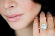 The most complete and source for your ring size conversions. Accurately determine what ring size you are in all international sizing standards. Pave Wedding Bands, Wedding Rings, How To Clean Diamonds, Diamond Jewelry, Diamond Earrings, Right Hand Rings, Love Ring, Ear Piercings