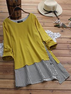 Gracila Patchwork Striped Fake Two Piece Long Sleeve T-Shirt look chipper and natural. NewChic has a lot of women T-shirts online for your choice, believe you will find your cup of tea. Shirt Diy, Themed Outfits, Blouse Vintage, T Shirts For Women, Clothes For Women, Mode Outfits, Plus Size Blouses, Casual T Shirts, Ideias Fashion