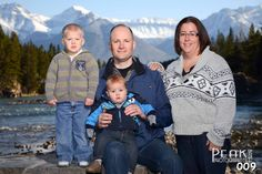 Sloane Family / October 5/12 / Bow Falls Banff / Photography by Roger Witney