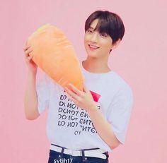 how to be a carrot plushy - wikihow Woozi, Jeonghan, Joshua Seventeen, Seventeen Memes, Joshua Hong, Joshua 1, Choi Hansol, Hong Jisoo, Won Woo