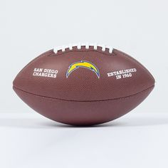 Ballon NFL San diego Chargers   http://touchdownshop.fr/taille-officielle/451-ballon-nfl-san-diego-chargers.html