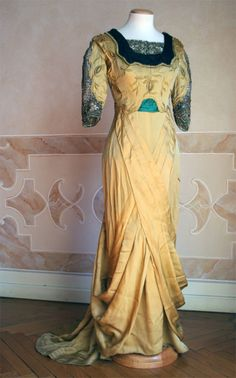 Evening dress, circa 1912, Abiti Antichi