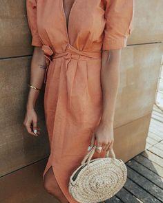 """250 Gostos, 14 Comentários - Marta Mamede 🌈 (@martamamede) no Instagram: """"Sexta-feira e um vestido 🧡 10% de desconto com o código MARTAMAMEDE na @bauy____"""" Wrap Dress, Summer, Instagram, Dresses, Fashion, Fair Grounds, Gowns, Moda, Fashion Styles"""