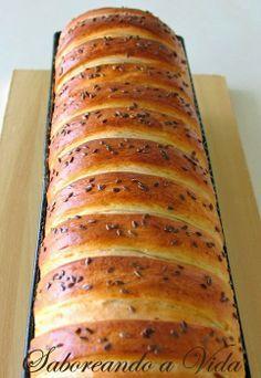 saboreando a vida: Pão com Mortadela e Azeitonas, para o World Bread Day 2013