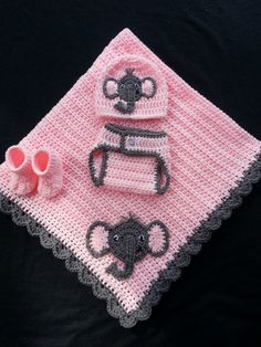 39 Ideas for crochet baby elephant outfit diaper covers Crochet Baby Cocoon, Baby Afghan Crochet, Baby Girl Crochet, Crochet Baby Clothes, Baby Afghans, Elephant Baby Blanket, Crochet Elephant, Baby Blankets, Crochet Gifts