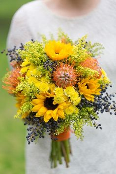 Sunflower bouquet. Sunflowers...yet beachy