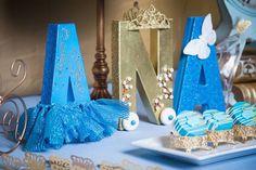 Cinderella Inspired Birthday Party via Kara's Party Ideas KarasPartyIdeas.com #cinderellaparty (4)