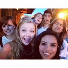 LourizaTronco: This #tbt is dedicated to the #Zapped family! Thanks to the 5.7 million… http://instagram.com/p/p_43ysmmB1/ ""