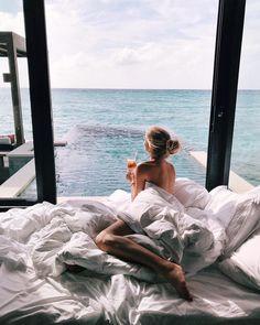 57.9 тыс. отметок «Нравится», 785 комментариев — XENIA VAN DER WOODSEN (@xeniaoverdose) в Instagram: «10 AM»