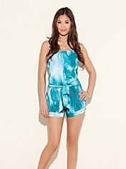 cute little romper.  check out the other color.  Got it !!