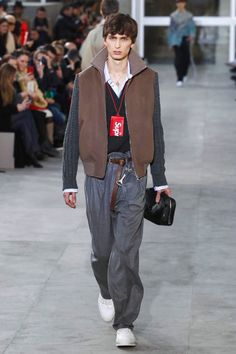Louis Vuitton FW17.  menswear mnswr mens style mens fashion fashion style louisvuitton runway