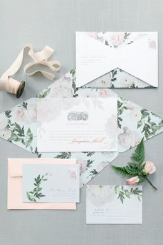 Floral wedding invitation suite: Photography: Corina V. - http://corinavphotography.com/