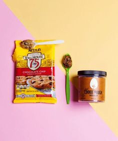 Hampton Creek Cookie Dough is a delicious cookie dough that's perfect for both vegans and omnivores alike Vegan Cookie Dough, Yummy Cookies, Allergies, The Hamptons, Nom Nom, Toll House, Yummy Food, Good Things, Canning